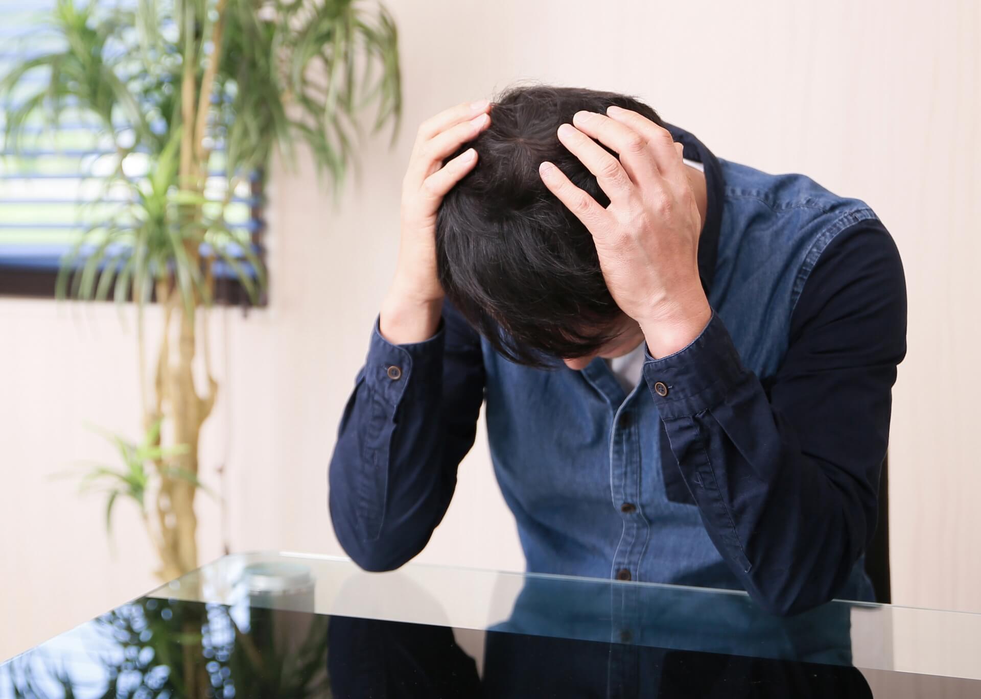 テストステロンが減るとどうなるの?【男性更年期障害の原因にも】